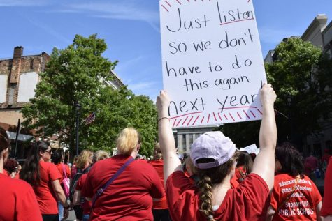 SC Teachers March To State House